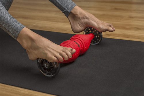 healwell TPiN Vector Body Roller exercise: Foot Rol