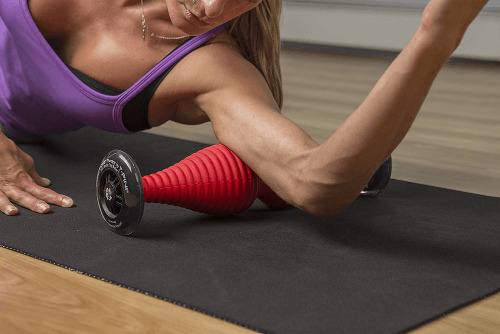 healwell TPiN Vector Body Roller exercise: Triceps Roll
